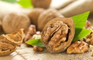 Терапия с вегетарианско хранене и особено с орехи му е помогнала за здравето