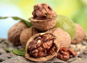 Рецепта за еликсир на младостта на професор Христо Мермерски с орехи