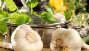 Чесънът е една от най-полезните подправки за вашето здраве
