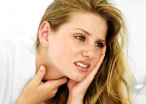 болки в гърлото и ушите