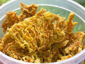 От многото природни рецепти един е за лечение на кокоши трън с прополис