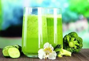 Ползата от зелените шейкове е, че правят тялото алкално и ни зареждат със здраве и енергия
