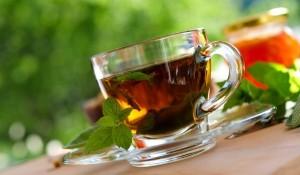 Ето кои са полезните билки за шизофрения - чай босилек