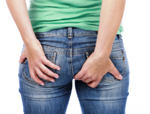 симптоми на хемороиди