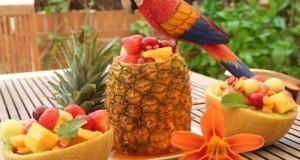 Екзотичните плодове манго и папая са добри източници на лизин