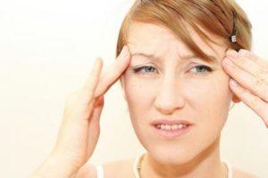 Един от главните симптоми на синузит е главоболието