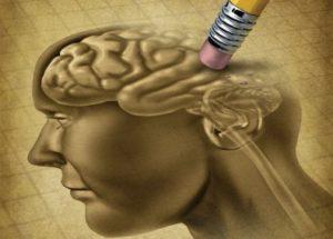 При деменция се получава голяма загуба на паметта.