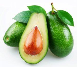 Авокадото понижава холестерола в кръвта.