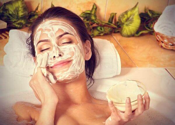 Хмел – маски за лице против стареене на кожата