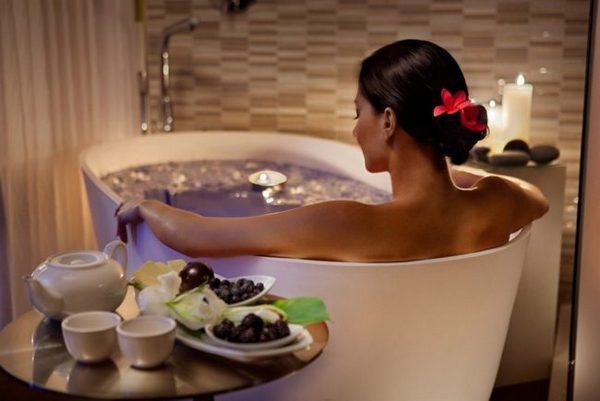 За външната употреба на английската сол, ваните и компресите са най-популярни и ефективни